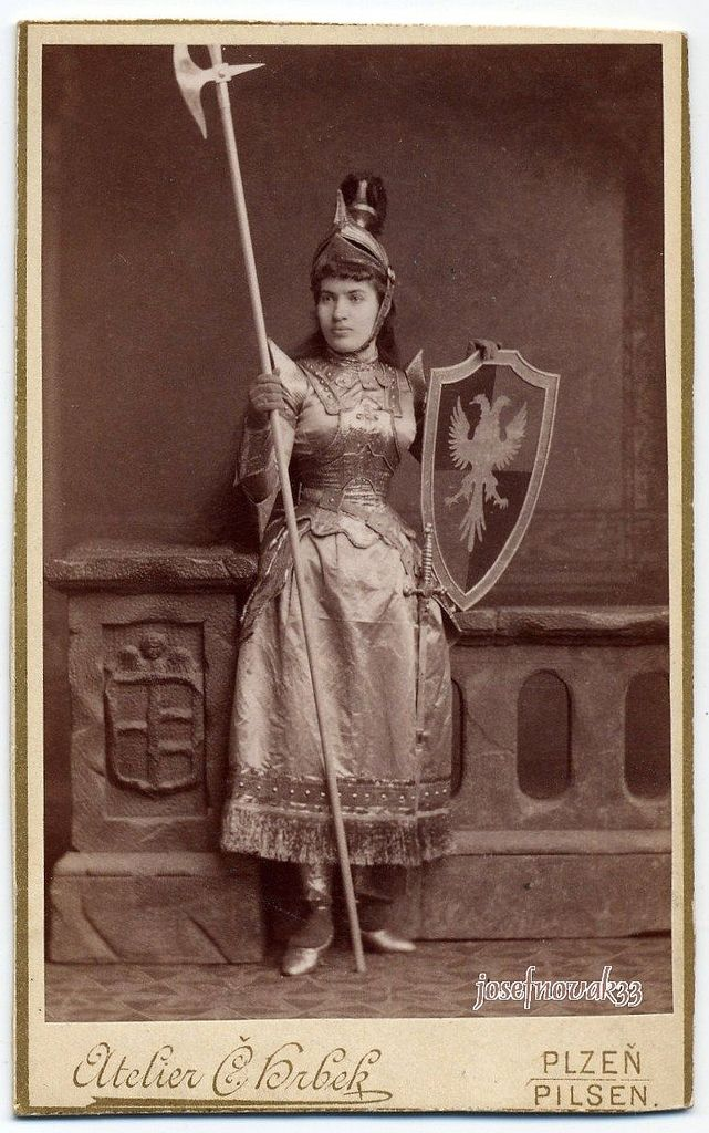Čeněk Hrbek, Plzeň - Warrior Girl