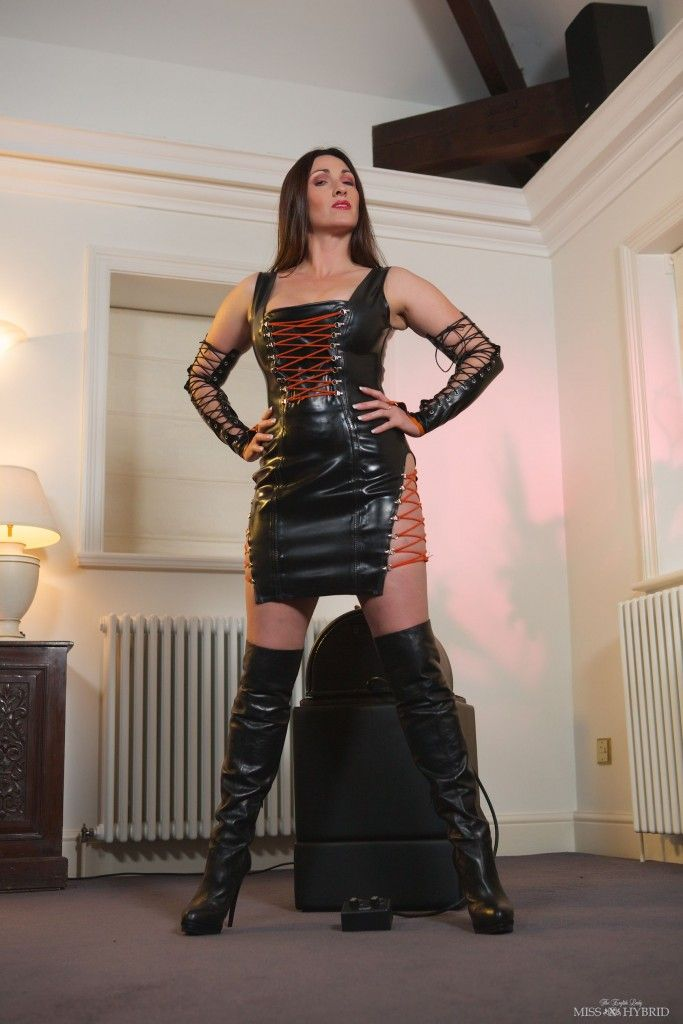 Miss Hybrid in sexy leather dress.
