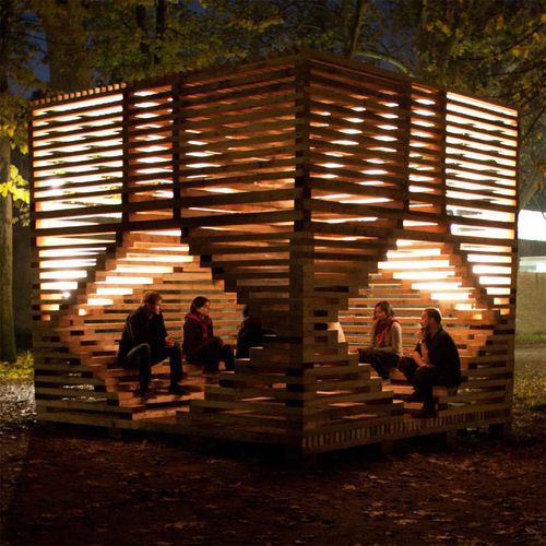 Miilu is a wooden site specific installation next to the Nordic Pavilion, offering an informal meeting place for visitors in the Venice Biennale. | 11a Bienal di Architetura di Venezia, by Massimiliano Spadoni Architetto, Rintala Eggertsson Architects