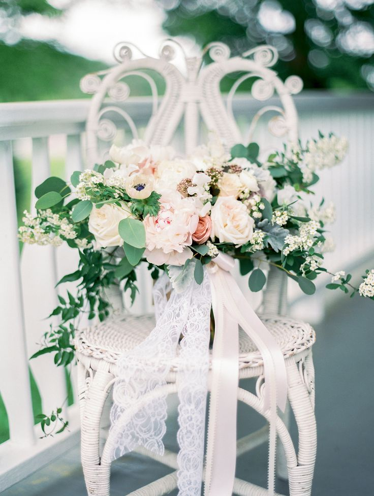 White, cream, blush, florals with hints of lavender and peach. Emily Herzig