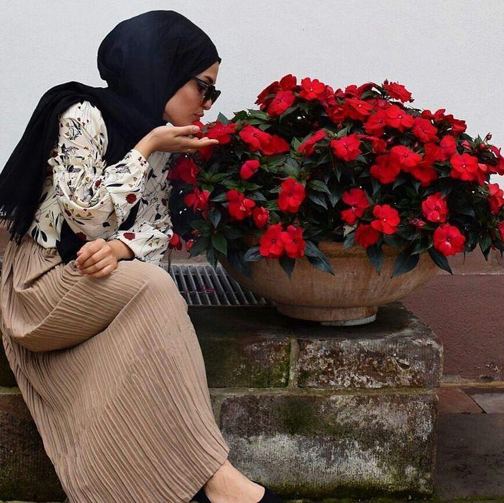 """2,942 Likes, 34 Comments - ⠀⠀⠀⠀⠀⠀⠀⠀Faith Bd & Haifa Lz (@hijabmodern.fh) on Instagram: """"@faith_badr // #hijabershub"""""""