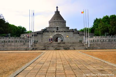 The Mausoleum of Marasesti is a memorial site containing remains of 5,073 Romanian soldiers and officers (identified or not, in crypts or common tombs) killed in the First World War. http://greattimesphotography.blogspot.ro/2016/04/the-mausoleum-of-marasesti.html