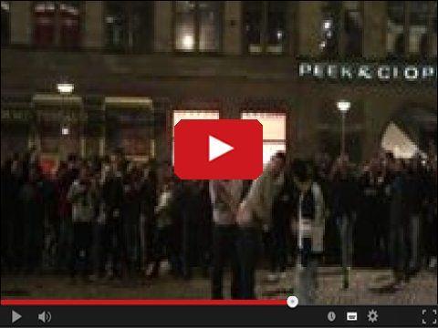 Jak powitasz Nowy Rok? w serwisie www.smiesznefilmy.net tylko tutaj: http://www.smiesznefilmy.net/jak-powitasz-nowy-rok