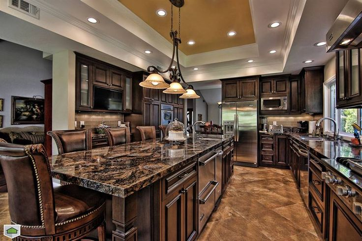 love the granite counter tops and the flooring