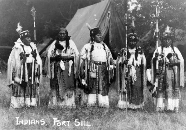 an introduction to the history of the comanche Renowned for their horsemanship, they defended their land from all intruders  the introduction of the horse to comanche people enable them to travel widely,.