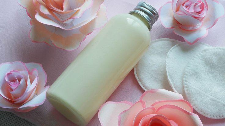 Come fare un latte detergente delicato per viso ed occhi. Ricetta sempli...