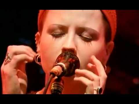 The Cranberries - Zombie (live 94)