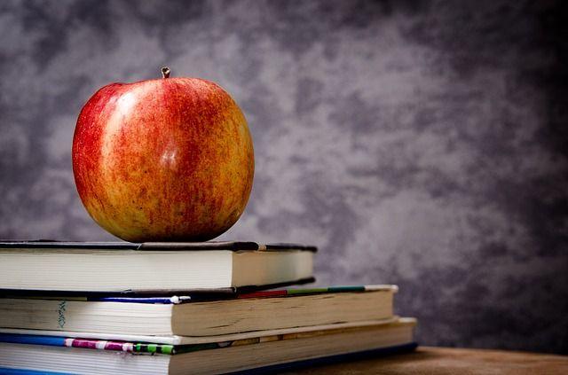 Apple, Educación, Escuela - Imagen gratis en Pixabay