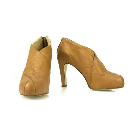 Damir Doma Light Tan Leather Back Zipper Almond toe Ankle Booties Boots size 39