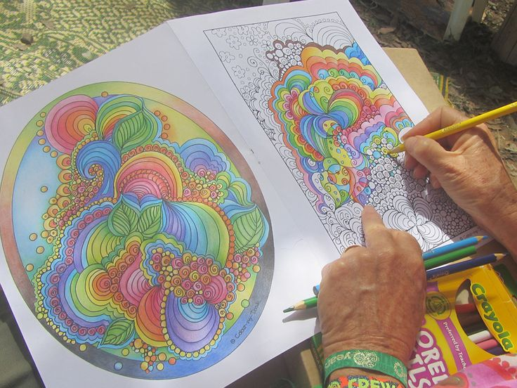 Colouring at Woodford Folk Festival 2015/16