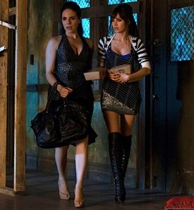 Bo and Kenzi in Lost Girl 4x04, Turn to Stone