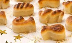 Receta de figuritas de mazapán de Navidad, un dulce tradicional elaborado con almendra y azúcar muy fácil de preparar.