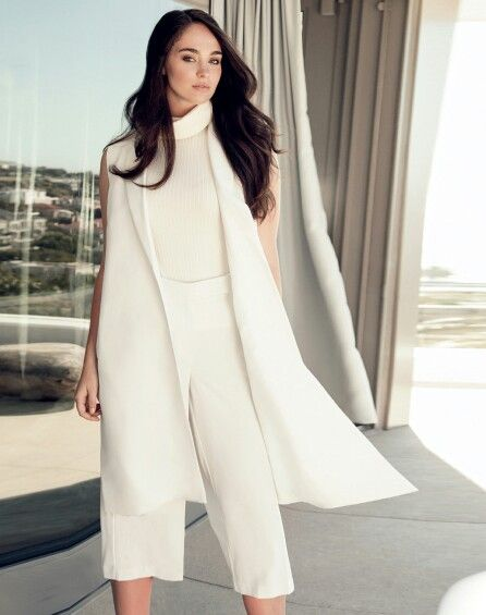 Geenay Laubscher for Edgars Club Magazine  Model with Fanjam Concepts, South Africa  #allwhite #fashion #model #curve
