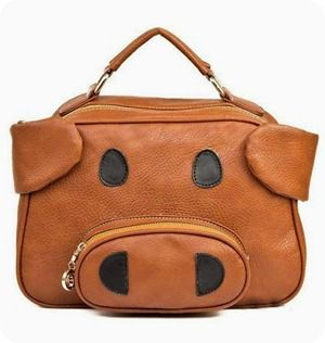 I need this Piggy Purse!!!!!This is so me! Does it come in pink?  Oink!