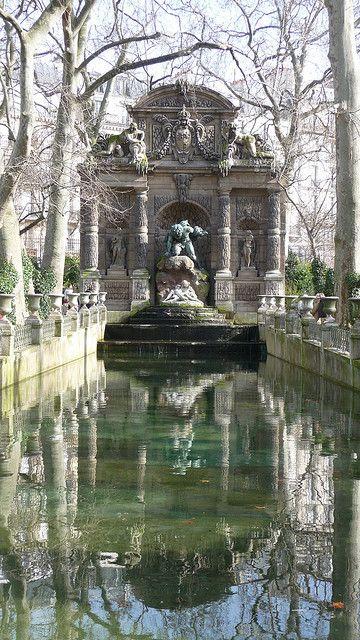 Fontain du Medicis ~ Jardin Du Luxembourg  Paris, France
