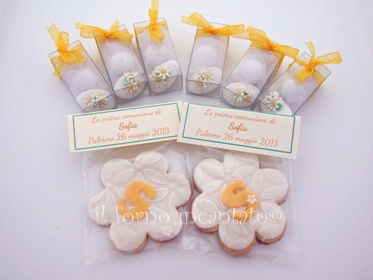 Biscotti e confetti decorati per prima comunione