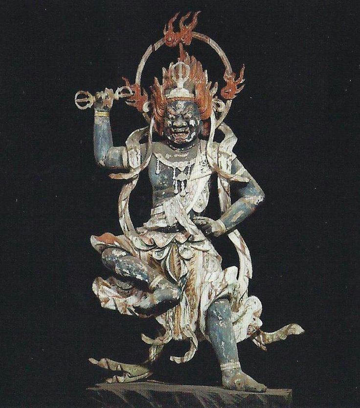 神童寺蔵王権現像:神童寺は聖徳太子(厩戸王)が創建し、役小角(修験道の祖)が景観を整えたとされる寺院。修験道の行場として古代は栄えたものの山寺であるため、交通網が発達する以前は参拝が困難であった。https://t.co/gSwwguDXK4