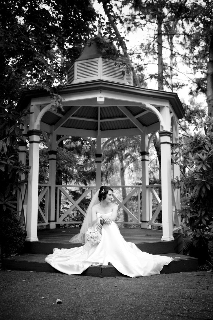 #chateauwyuna #wedding #bride #groom #mrandmrs #wedding reception #photo #blackandwhite #weddingdress #gorgeous