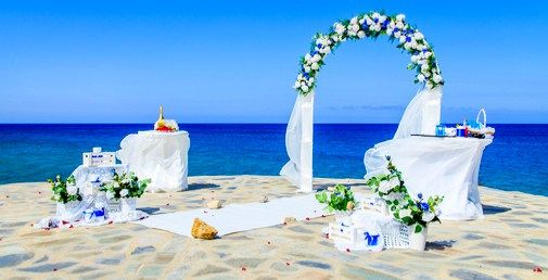 #KosIsland, known for its amazing climate, the endless sandy beaches and its elegant ambiance is the perfect choice for an unforgettable #wedding!