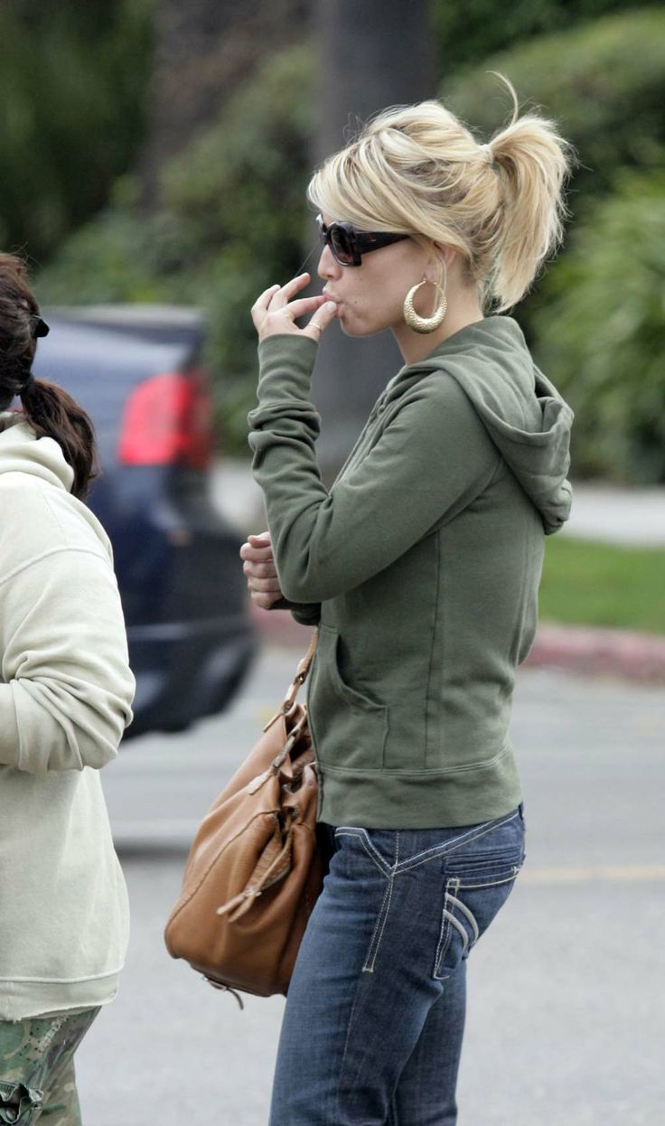 Jessica Simpson. Side bangs