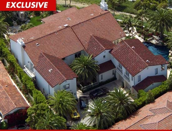 Kobe Bryant, making his playoff run - a view of his house in Newport Beach that looks as if his wife will get!