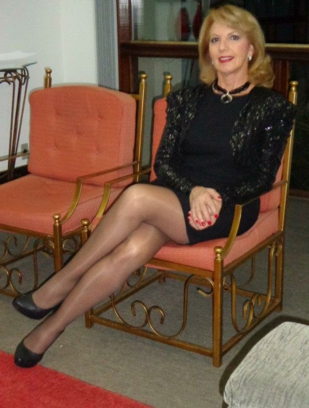 Pantyhose Gilf  Sexy Older Women-8324