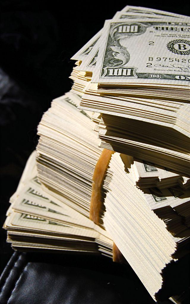 The Billionaires Club   http://cashforcars-junkcars.net/kansas-city-lawrence-olathe-ottawa-location/cash-cars-lawrence-kansas-junk-car-removal/