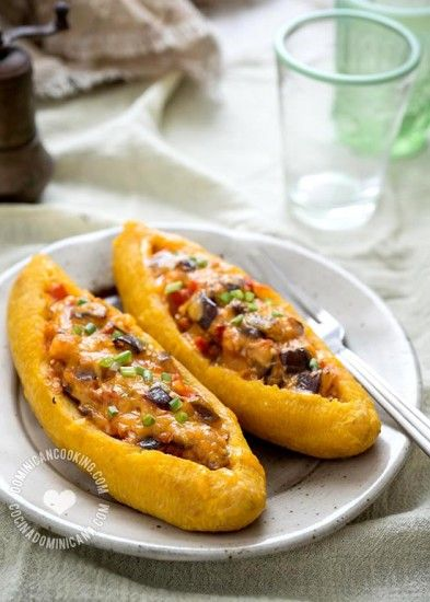 Ripe Plantain Boats (Canoas) with Eggplants Recipe: Traditionally made by frying the plantains, this is the lighter version, it's also vegetarian dish.