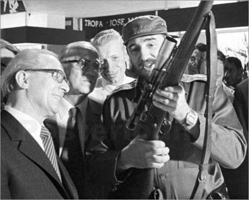 Kuba / Cuba - Staatsbesuch Erich Honecker bei Fidel Castro 1974, Moncada
