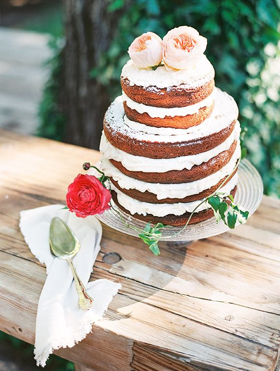 Naked cake | Bridal shower | Photo by D Arcy Benincosa |  Le Loup Cake | Read more - http://www.100layercake.com/blog/?p=76837 #rustic #nakedcake #roses