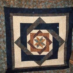 41 Best Labyrinth Quilts Images On Pinterest Quilt