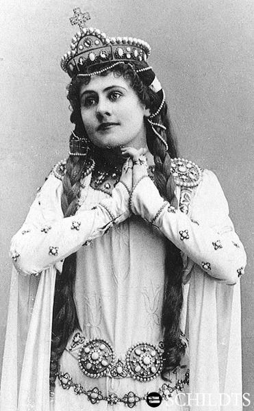 Aino Achté, opera singer, ca. 1899.
