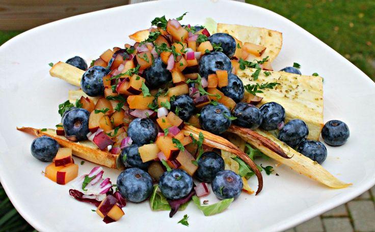 Bagt pastinak med blåbær-blommesalsa Baked parsnip s with plum/blueberry salsa