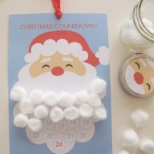 Le compte à rebours va bientôt commencer!!! Voilà un joli calendrier de l'Avent à imprimer gratuitement qui mettra à l'honneur notre cher Père Noël... Les enfants n'auront plus qu'à coller une petite boule de coton au fil des jours à partir du 1° Décembre, pour compter les jours jusqu'à Noël...