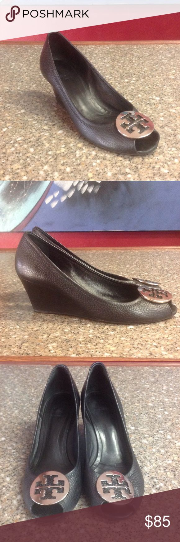 Tory Burch black leather shoes In great used condition. No major signs of wear on the leather. Please enlarge photos for more details.                           h Tory Burch Shoes
