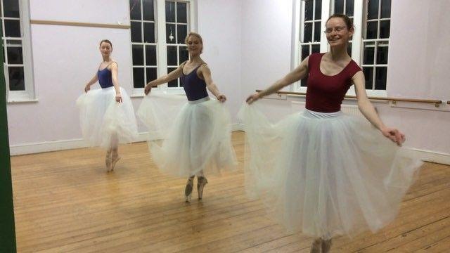 A little snippet from #YKBG #rehearsal for #pasdequatre  @kokosdanceaccessories skirts look good! #adultballet #oxford #lifeofadancer #romantictutu #balletskirt