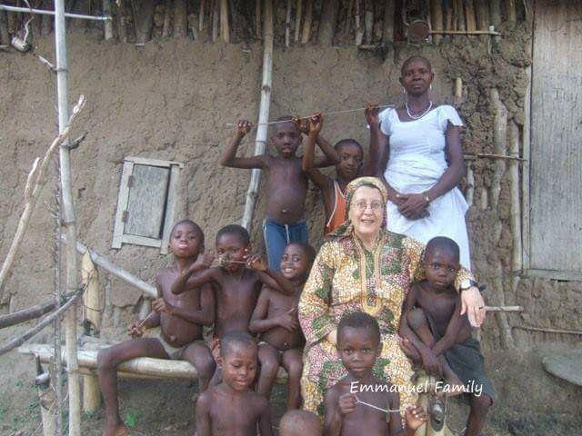 💟💟💟💟💟💟💟💟💟💟   Emmanuel Family Non temete di apparire ingenui, o stolti, o folli agli occhi del mondo. È agli occhi di Dio che dovete comparire. Don Tonino Bello💟💟💟💟