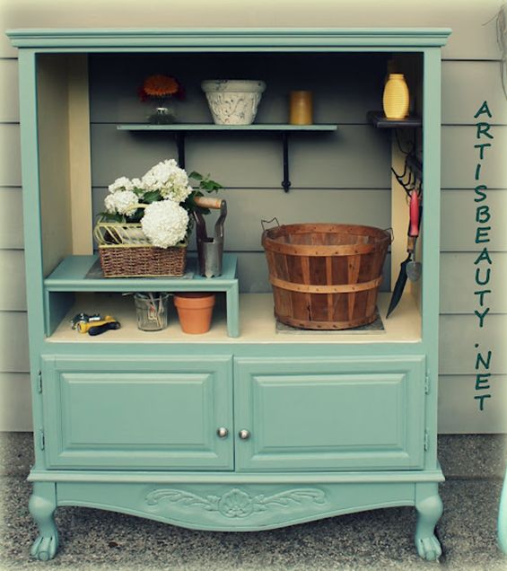 Repurposed computer/TV armoire for the gardenIdeas, Old Entertainment Center, Potting Sheds, Tv Cabinets, Potting Benches, Outdoor Gardens, Furniture, Pots Sheds, Pots Benches