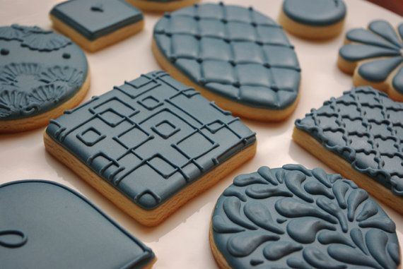 Colour on Colour patterned decorated sugar cookies by iBakery