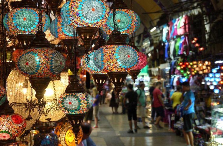 Walking tour in Grand Bazaar Istanbul