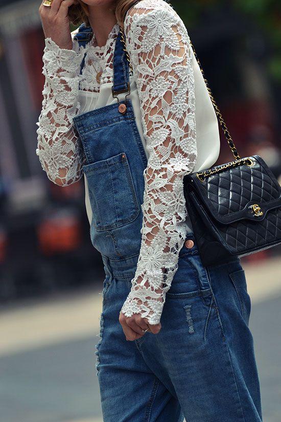 salopette en jean - top en dentelle ---> le look entier sur http://www.modenmarie.Com