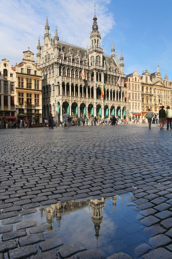 Brussels. Graeme brought me here for a big birthday. Enjoyed the fruit beer.