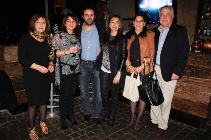 Liliana Magnere – Carolina Durán – Antonio Martínez – Bárbara Durán – Maria Dolores Sazo – Sergio Minoletti Olivares  See more at: http://www.decosta.cl/paginas-sociales/lanzamiento-decosta/#sthash.1kgk7v1w.dpuf