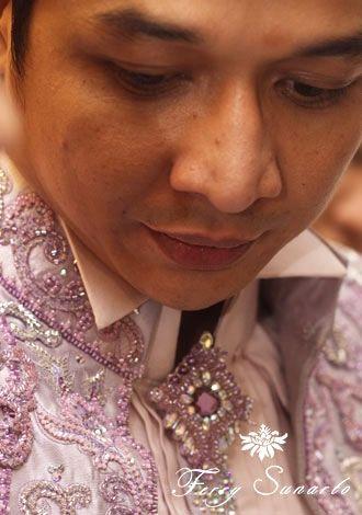 Pasha Ungu in Ferry Sunarto #kebaya #kebaya #kebayamodern #indonesia #ferrysunarto #designer #designerindonesia #pernikahan #wedding