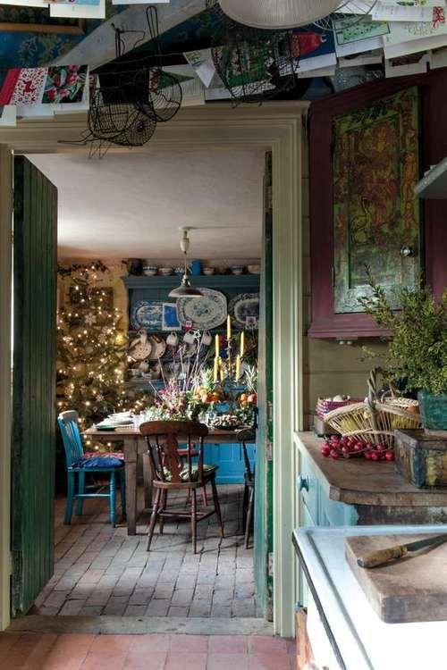 Bloomsbury Christmas Great interior design. Rustic http://www.bloomsburystore.com/