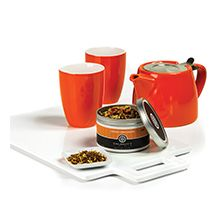 Talbott Teas Tea-lightful Gift Set | The cutest 16oz tangerine colored teapot with stainless mesh infuser paired with two delicate 6.5-oz. matching ceramic tea cups. Also comes with a tin of Orange Crème Dreams tea. Perfect gift for tea lovers, brides, showers, and Mom!