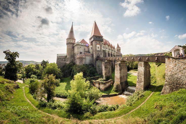 Corvin Castle - Foto: Ewald Gruescu   https://fb.com/ewald1991