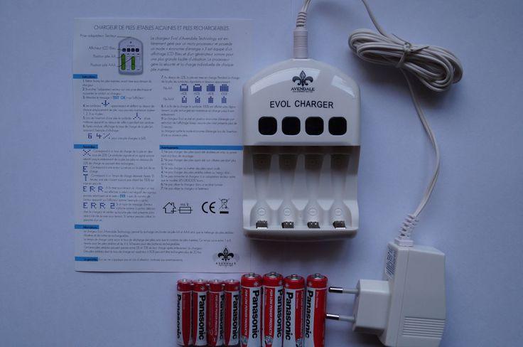 chargeur de piles jetables et rechargeables  microprocesseur + 8 piles panasonic