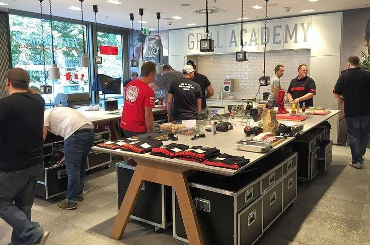 10 ideas about weber grills on pinterest weber bbq for Weber grill berlin
