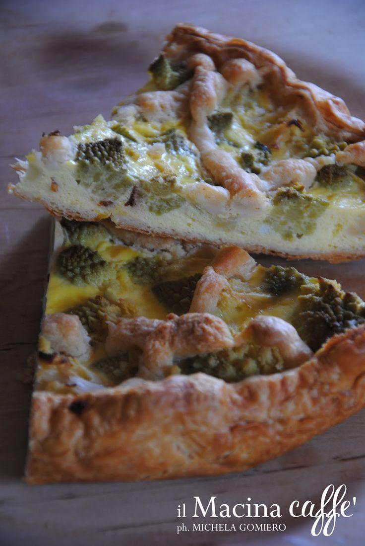 Torta Salata con Ricotta, Uova e Broccolo Romano